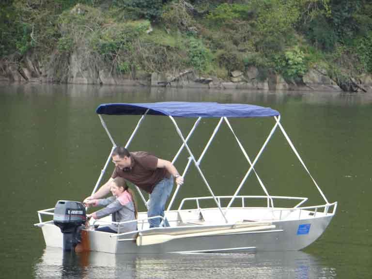 Barca per il tempo libero e per escursioni